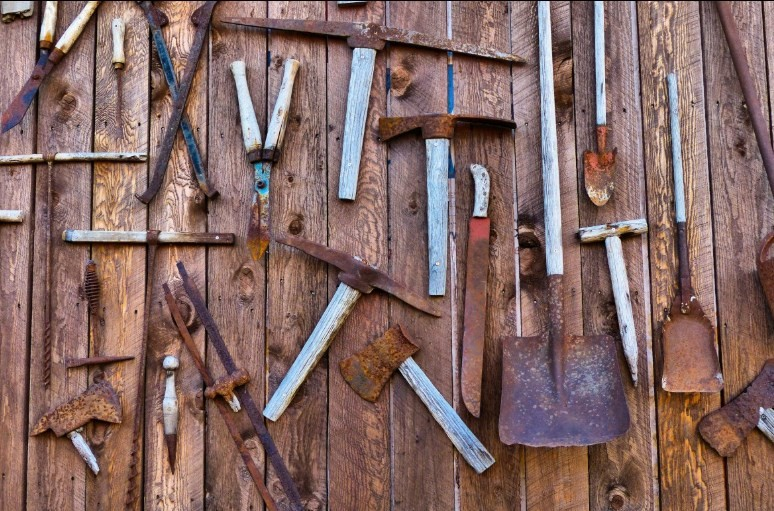 How to Get Rust off Metal and Tools
