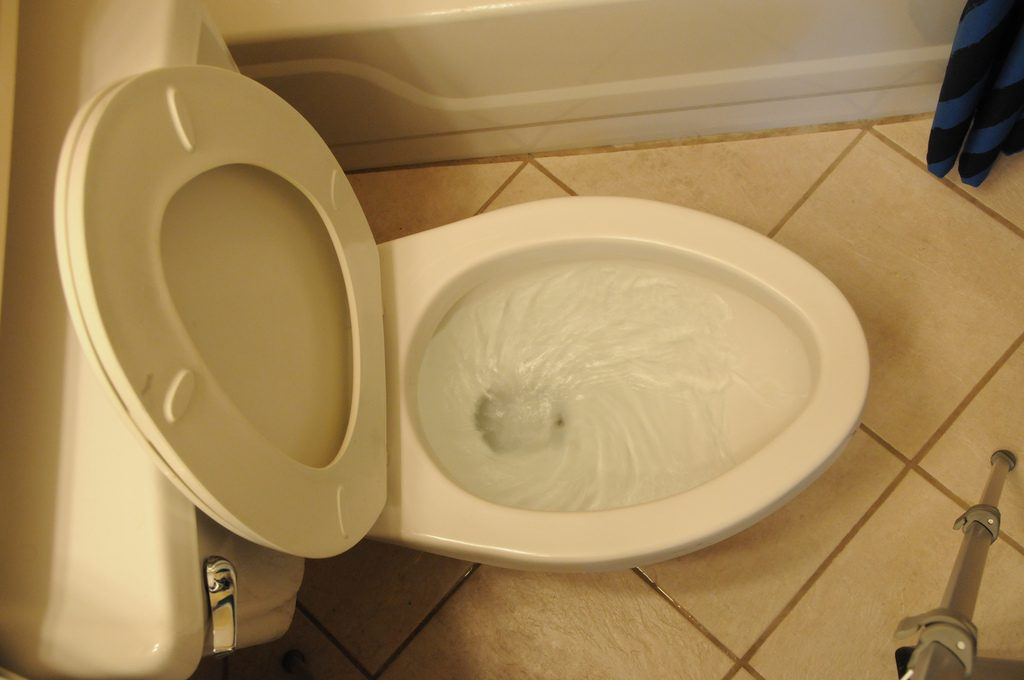 How to Fix slow Toilet Drain with Water Delivery